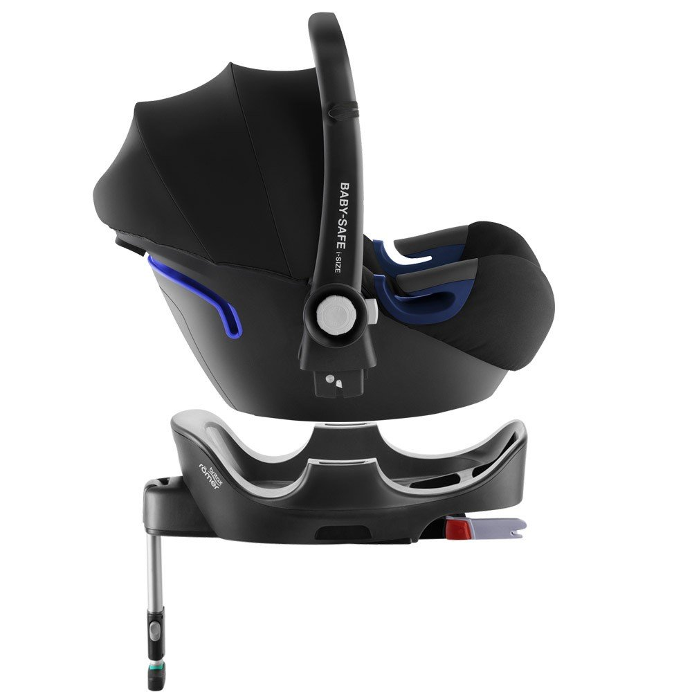 britax r mer baby safe2 i size inkl basis station cosmos black kollektion 2018 2 tests. Black Bedroom Furniture Sets. Home Design Ideas