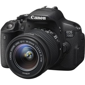 Canon EOS 700D Kit 18-55mm IS STM + 55-250mm
