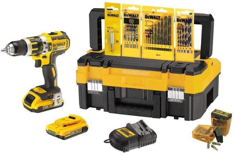 dewalt dck795d2t 2 x 2 0 ah zubeh r set test akkuschrauber. Black Bedroom Furniture Sets. Home Design Ideas