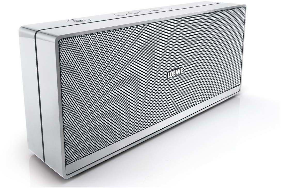 loewe speaker 2go silber test bluetooth lautsprecher. Black Bedroom Furniture Sets. Home Design Ideas