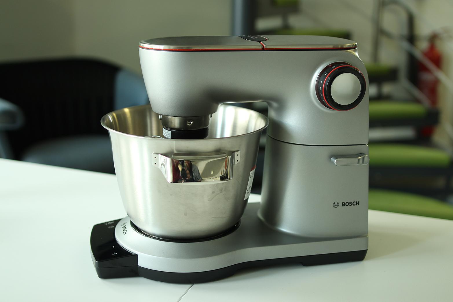 Test: Bosch OptiMUM MUM9DT5S41 Küchenmaschine - testsieger.de-Testportal